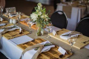 revelstoke, bison, lodge, wedding, weddings, table setting, table, setting.