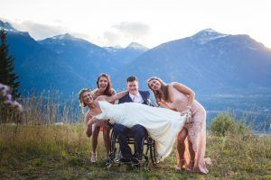revelstoke, bison, lodge, wedding, weddings, posing, photo, photographer